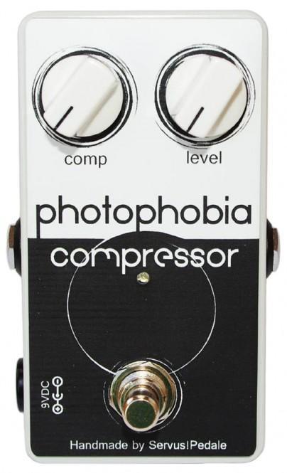 Servus! Pedale Photophobia Compressor